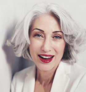 Gorgeous Hairstyle Ideas for Older Women
